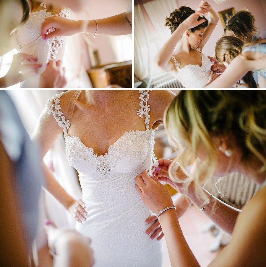 allacciare abito sposa