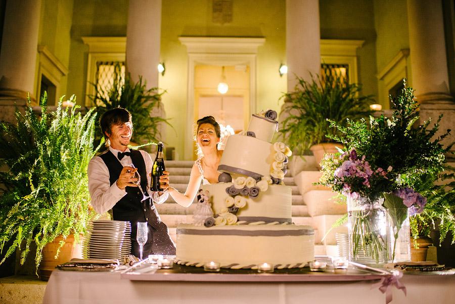 torta di matrimonio simpatica